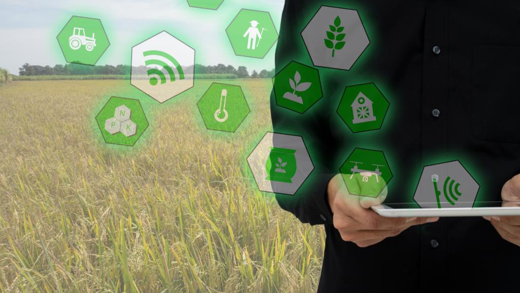 ClearBlade, Trilogy offer monitoring, network, edge platform bundle for Smart Ag
